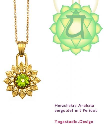 Yoga Chakra Herzchakra Anahata Anhänger vergoldet 20mm mit Peridot